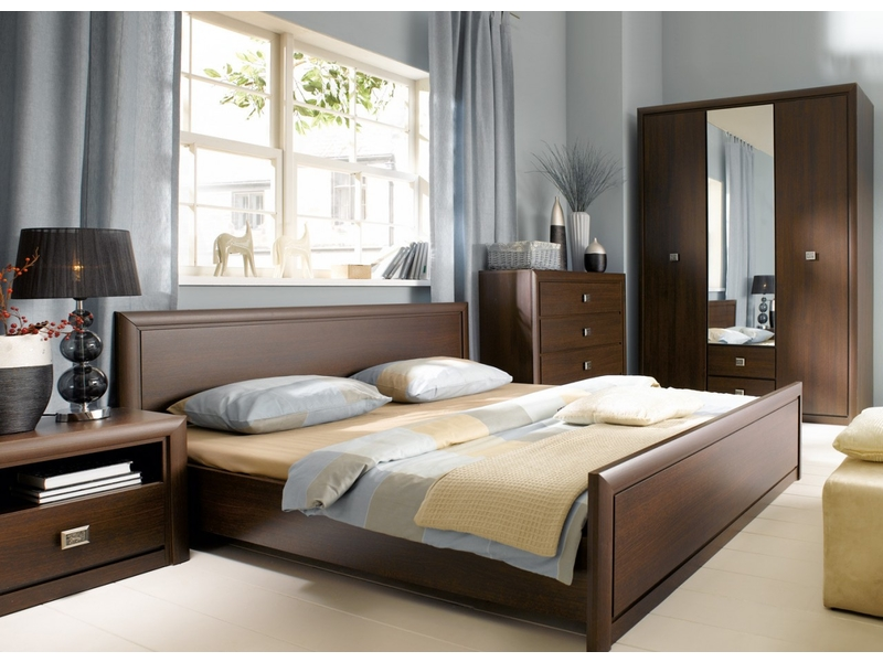Koen - King Size Bedroom Furniture Set